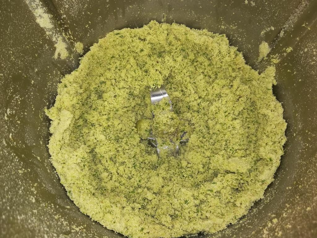 Fichtenpeling im Mixer